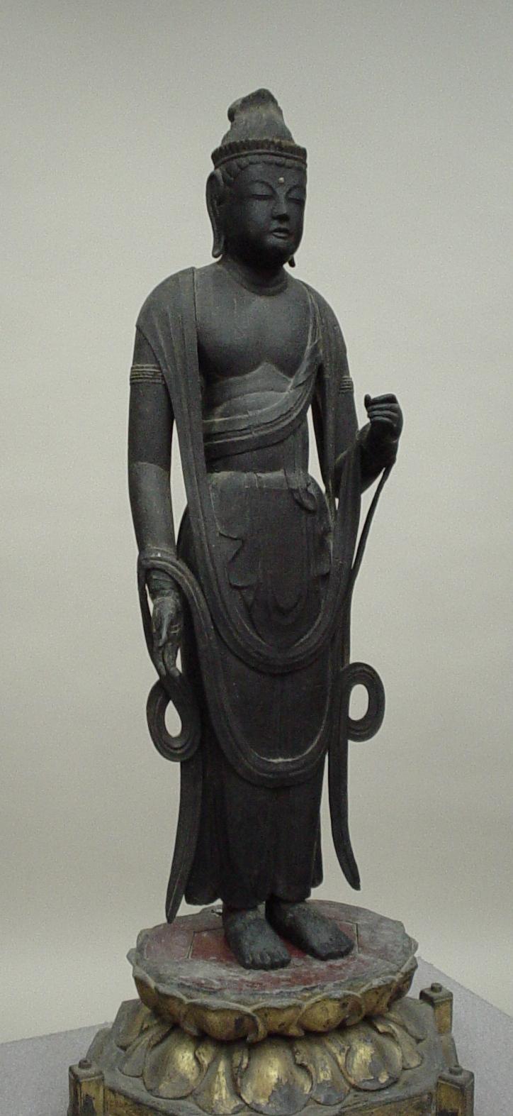 観音菩薩立像 福井県指定文化財 誓願寺蔵 平安末期。港湾都市小浜の成立年代を示す仏像です。