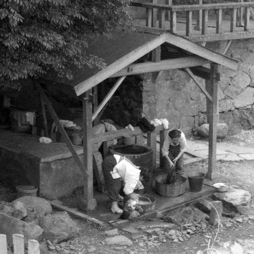 滝の清水での洗濯(昭和34年)